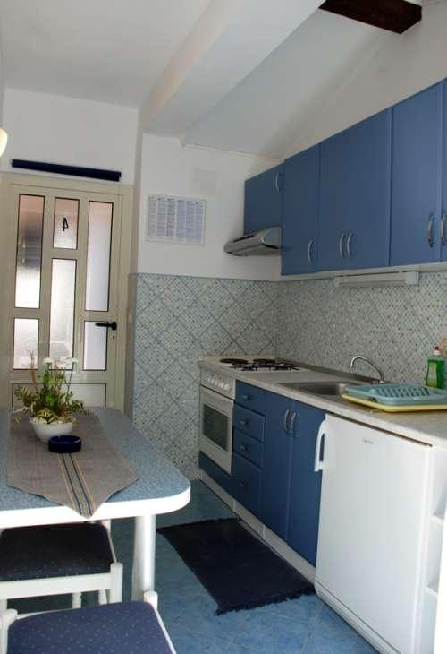 ferienwohnungen kroatien ferienwohnung marinka viskovic hvar insel hvar kroatien. Black Bedroom Furniture Sets. Home Design Ideas